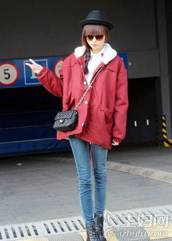 资讯生活新年马上到 新年服饰搭配就要备点红色才迷人